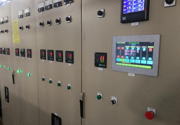 多用炉控制系统